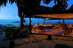 bedarra-deck-dusk-ric_2680