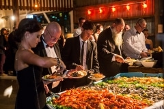 CLT-Guests-at-seafood-boat