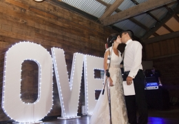 Love sign- tamara wedding