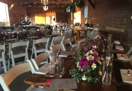 smsugarwharf-wedding-with-timber-tables